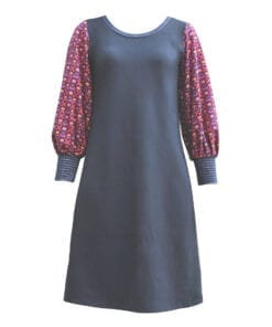 Figursyet kjole blå med pufærmer